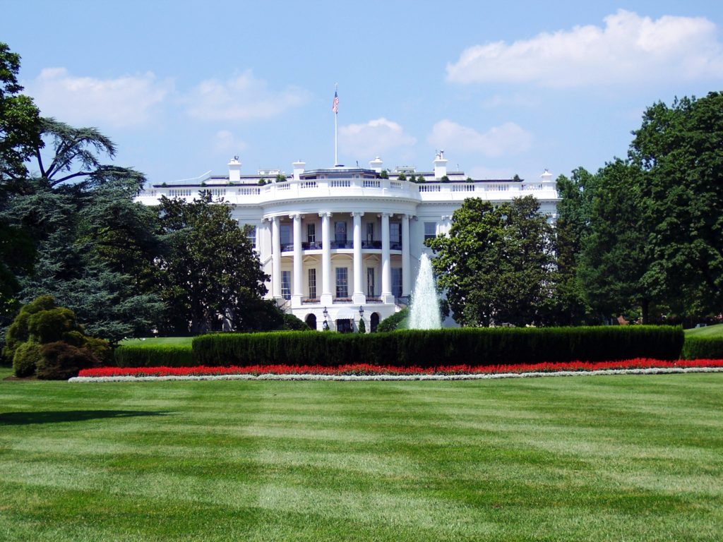 An image of the White House.